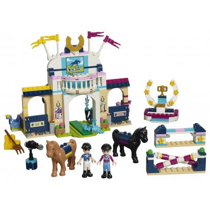 LEGO Friends Stephanie díjugrató pályája (41367)