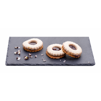 Linzer filled with white chocolate with flavor of plum