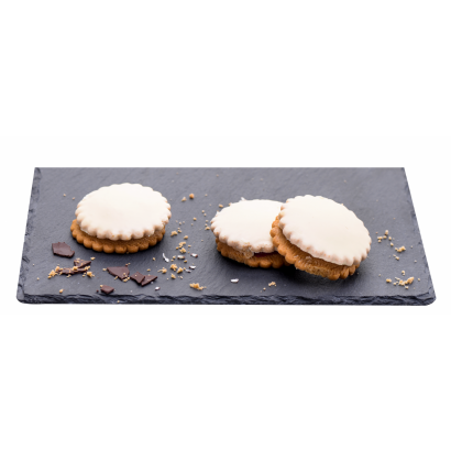 White chocolates with ischler mixed with mixed flavor